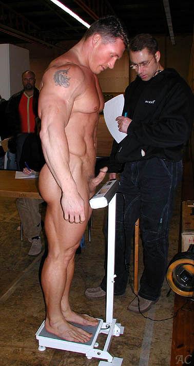 мужчина со вставшим членом фото