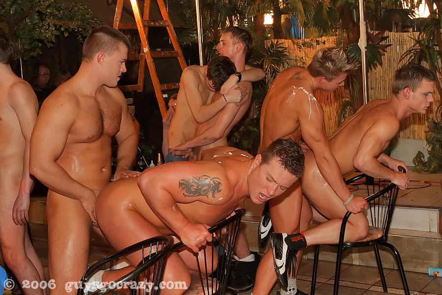 Порно гей вечеринки фото